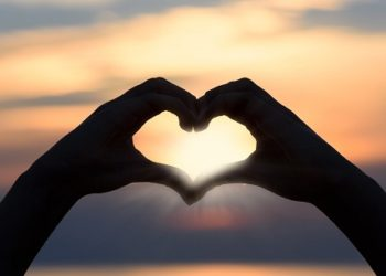 hands making heart shape
